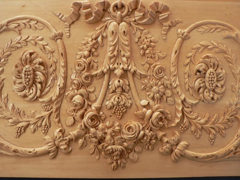 Rinceaux Louis XVI en tilleul pour moulage staff ( Paris 1 Arr )
